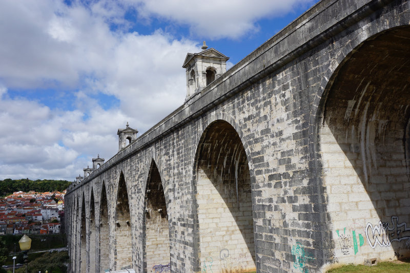 Insider tip for Lisbon - The aqueduct, water supply of the city