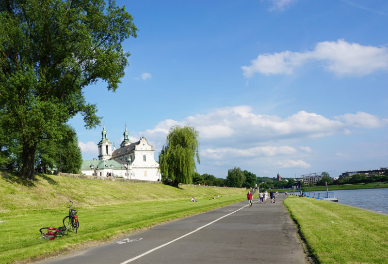 walk along Vistula