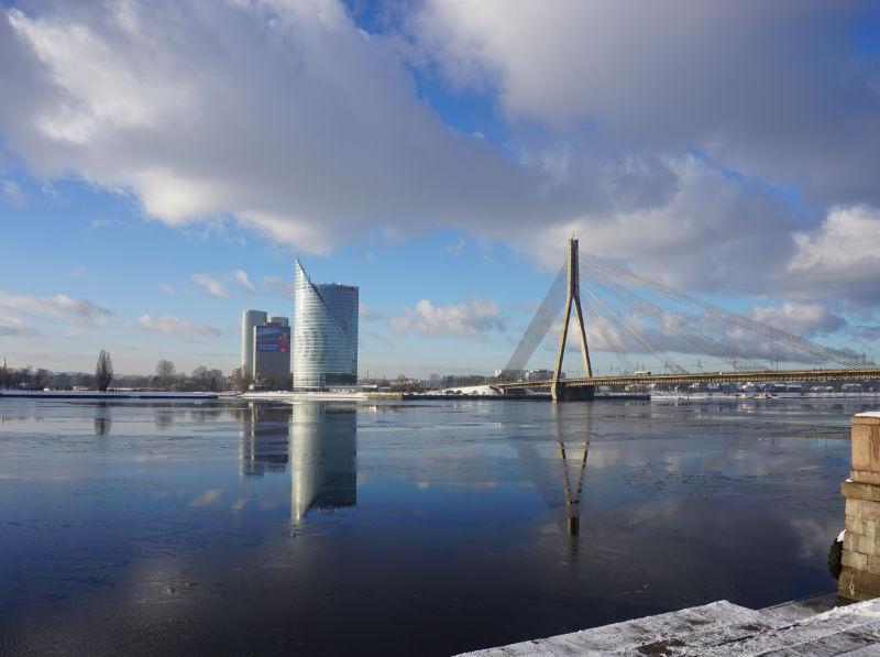 A walk along the Daugava in Riga