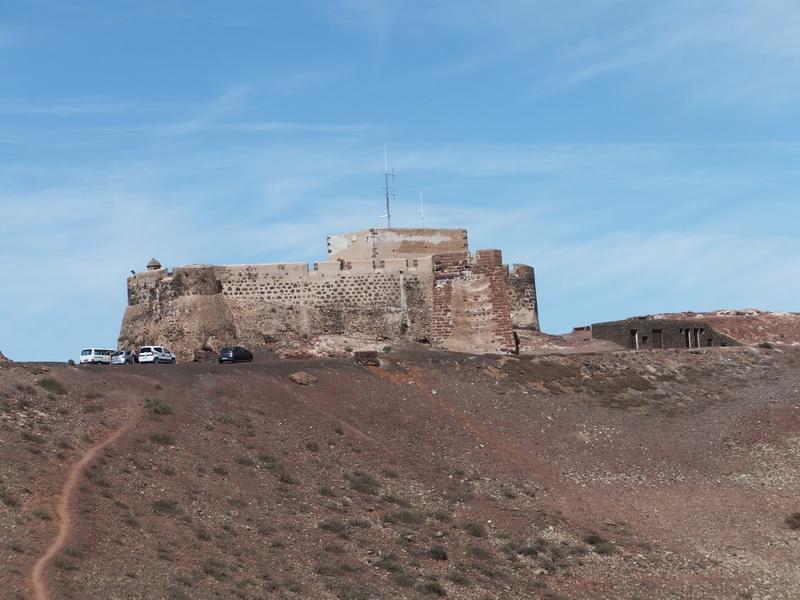 Mirador del Rio and Castillo Santa Bárbara – on tour with a rental car