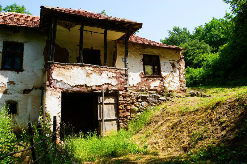 Koritnjak – an abandoned village near Niš in Serbia