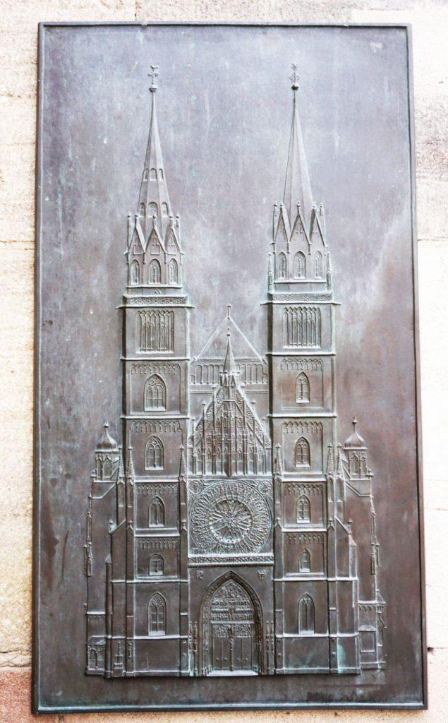 A tour of the Lorenzkirche
