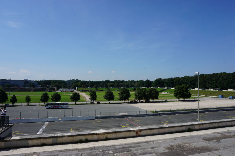 View over the Zeppelin field