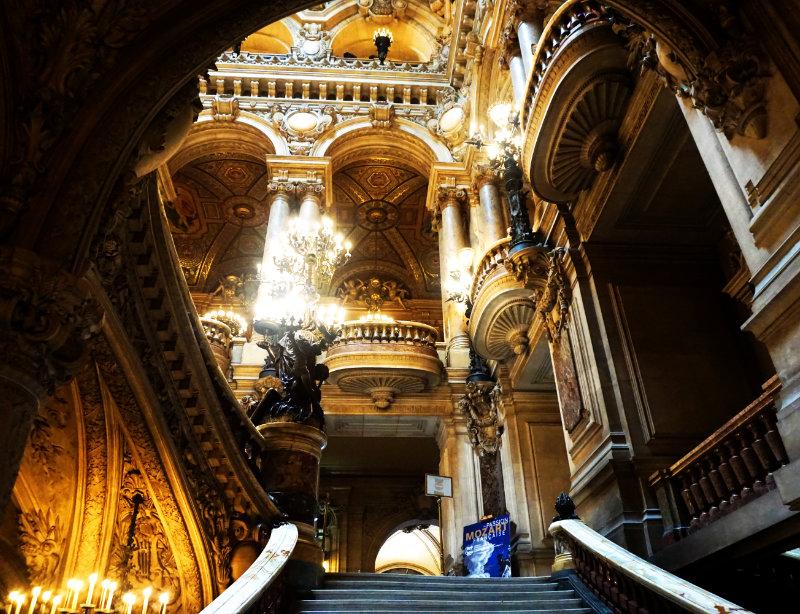 A golden moment at the Opéra Garnier (Palais Garnier)