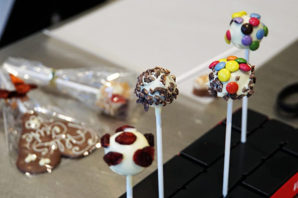 Making chocolate lollipops