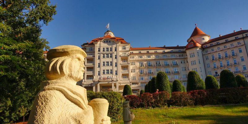 Blick zum Hotel Imperial in Karlsbad