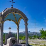 Cetinje: Free viewpoint at the mausoleum on Orlov krš