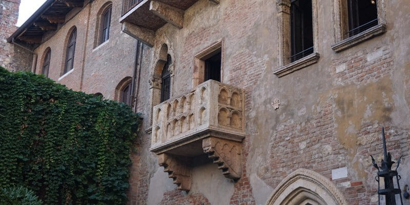 Shakespeare's Romeo and Juliet is set in Verona.