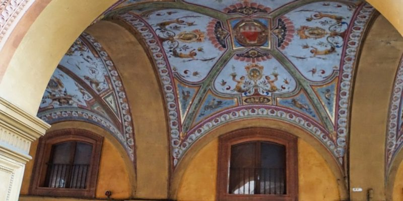Arkadengänge in Bologna