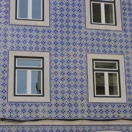 Get on track of tiled art in Lisbon
